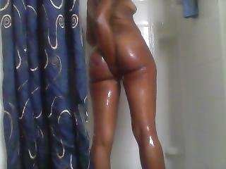 More Shower Action With Juicyjay