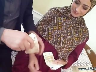 αραβικό, μεγάλο βυζί, ξανθιά, χύσιμο, παίξιμο, νοσοκόμα, κατάποση