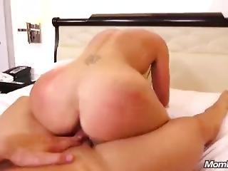 Kaitlyn Sexy Hot Milf