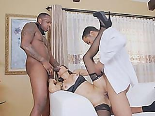 Mommy Gets Roughly Fucked In Serious Threesome By Black Guys