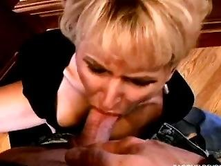 Oral Amateur Milf Racquel - Pov Blowjob For Hobby While I Ride My Dildo