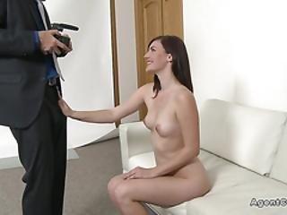 amateur, knallen, blasen, brünette, vorsprechen, couch, europäisch, ficken, harter porno, interview, model, büro, posieren, realität