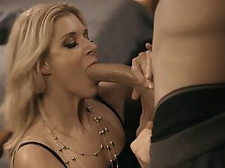 Cheating Big Ass Blonde Mature Fucked With Her Stepson