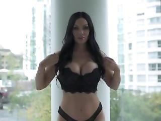 Veronika B Striptease