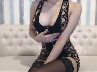 Ebony Teen Fucking Her Pussy Till She Squirt