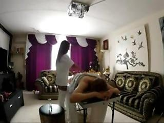 Dutch Hot Thai Massage - Who Is She
