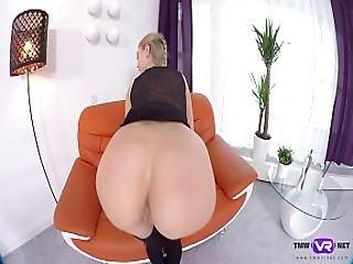 Tmw Vr Net - Nancy A - Stockinged Babe Rubs Pussy
