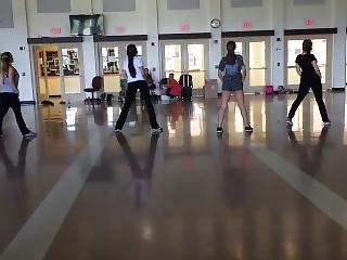 Hot Teens Twerking At Poms Practice