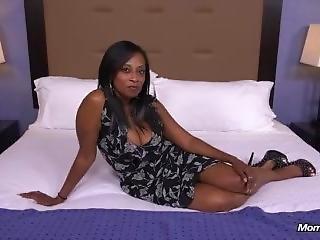 Lauren (41 Year Old Hot Busty Big Booty Black Mom)