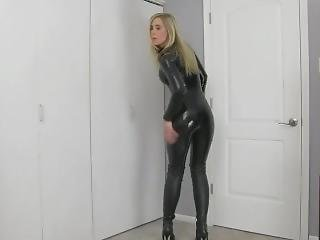 Latex Chick