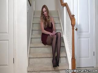 Tall Milf Phoebe Waters From The Usa Slides Out Of Her Black Pair Of Pantyhose And Starts Toying Her Gorgeous Pussy On The Stairs Bonus Video: American Milf Lauren Demille