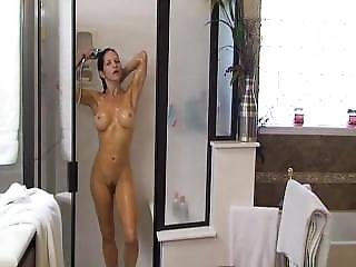 Fit Milf Shower And Lotion