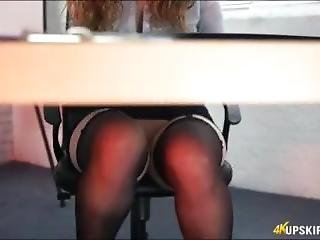 Secretaria Upskirt