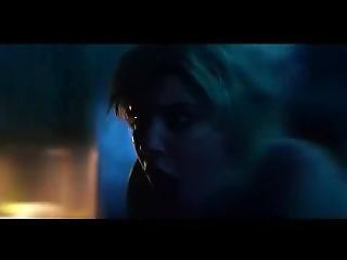 Katie Cassidy - The Scribbler