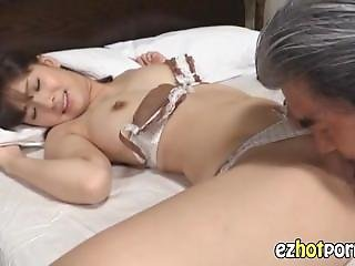 Amateur Office Lady Try A Massage