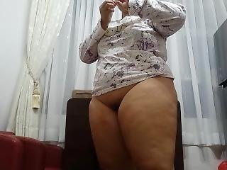 Bbw Pose 1