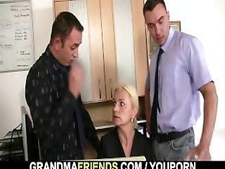 bedstemor, interview, matur, gammel, realitiet, sex, trekant, ung