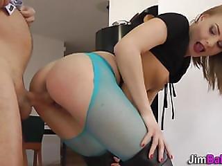Horny Amateur Gets Cummed