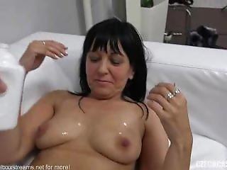 Czech Amateur Simona Fucks On Casting