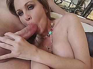 Sexy Teen Babysitter Daisy Summers Fucks In Threesome With Busty Milf Julia Ann
