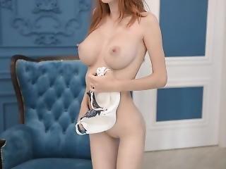 Large Boobs And Skinny Body Alluring Vixen Helga Gray