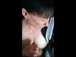 Cathie From 1fuckdate.com - Homemademature Cute Mom Gives Hj A