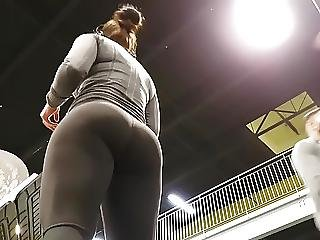 Candid Hot Juicy Pawg In Leggings