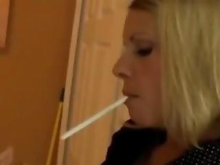 Blond Smoking 120s Dangling