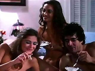 Hairy Retro Cum Eating Threesome