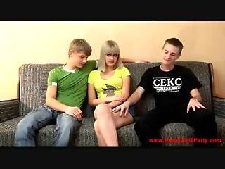 Teenager Threesome
