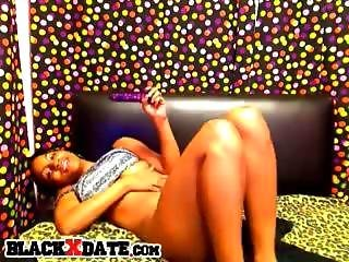 Beautiful Black Babe Toys Her Horny Pussy On Cam