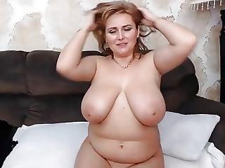 Mom In Heat