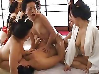 Japanese Kimono Babes Having Orgy
