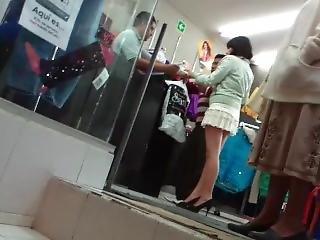 Minifalda De Compras Con Papa
