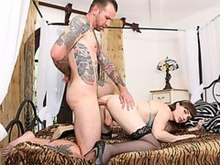 Tgirl Gets Her Juicy Ass Fucked By Her New Bf