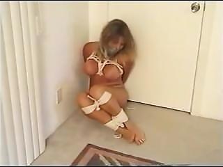 Nude Basement Truggle
