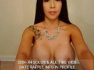 *veesweets* Huge Tits & Fingers Her Pussy
