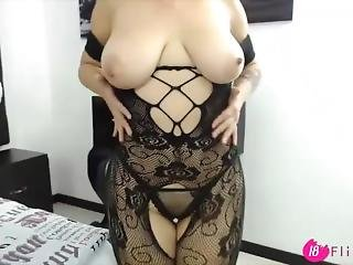 Beautiful Camgirl Emily With A Natural Big Boobs