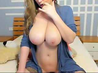 Hot Girl With Big Tits Solo Masturbation