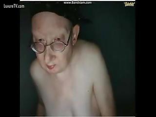 Gollum Granny Shows Us That Precious Pussy