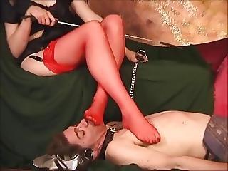 porno-nozhki-video-smotret-onlayn