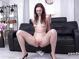 Ravishing Nympho Is Pissing And Rubbing Trimmed Snatch
