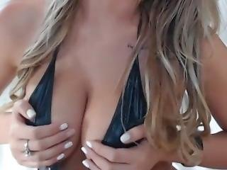 Hot Webcam Girl 34: Blond With Big Natural Tits Shows Full Breast