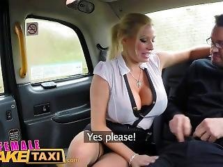 xvideos female fake taxi