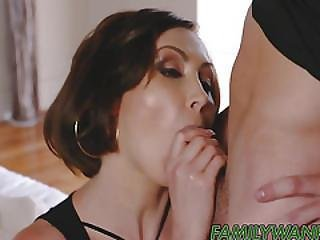Banging My Hot Stepmom And Cum So Hard In Her Mouth