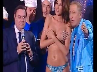 Aida Yespica Topless Covered