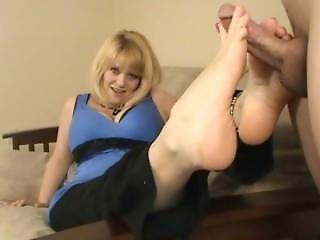 Size 11 Charlees Feet Gets A Cumshot