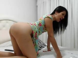 Hot Teen Niue Close Sexy On Webcam