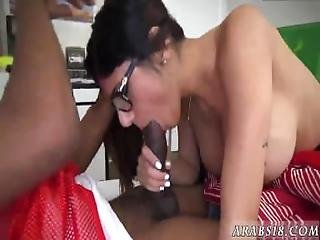 Sexy Arab Girl Fucked First Time I Am A Sucker For A Qb
