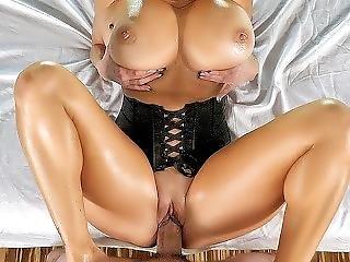Gross Titte, Ficken, Harter Porno, Massage, Reife, Milf, Eingeölt, Pornostar